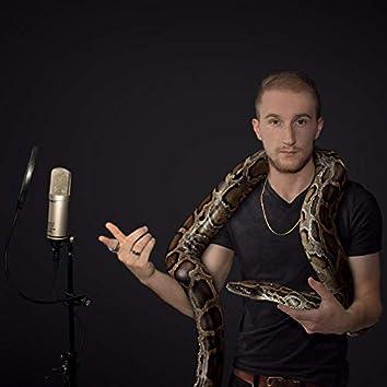 Schlangenmensch