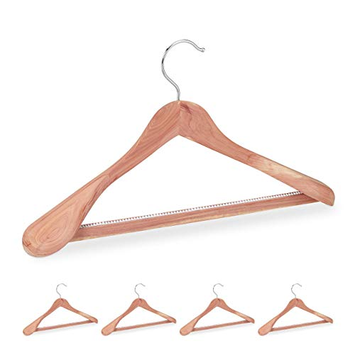 Relaxdays Anzugbügel Zedernholz, 5 Stück, Mottenschutz, rutschfest & stabil, breite Kleiderbügel mit Steg, 45 cm, Natur
