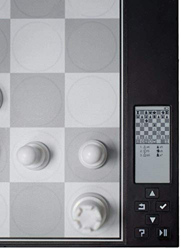 Amazing Digital Chess Computer - Best for Learning and Playing Chess with self-Adjusting Playing Level