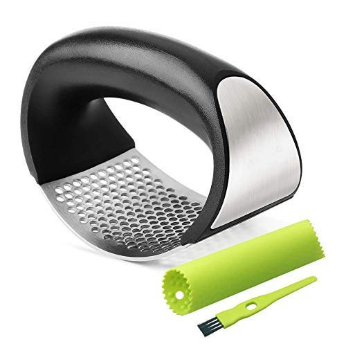 Garlic Chopper Garlic Press Stainless Steel with Garlic Peeler and Cleaning Brush, Ergonomic Handle Garlic Mincer, Easy to Clean & Squeeze, Durable Kitchen Gadgets