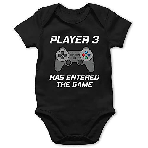 Zur Geburt - Player 3 Has Entered The Game Controller grau - 3/6 Monate - Schwarz - Gamer Baby Kleidung - BZ10 - Baby Body Kurzarm für Jungen und Mädchen