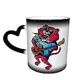 La tigre rossa suona la chitarra Tazza che cambia colore Tazza da caffè grande design Tazza sensibile al calore in ceramica