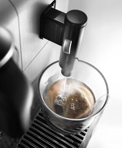 De'Longhi America EN750MB Lattissima Pro Original Espresso Machine with Milk Frother by De'Longhi, 10.8