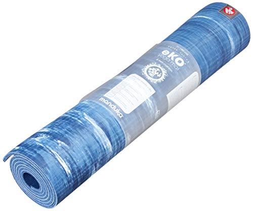 Manduka eKO yogamat – premium 6 mm dikke mat, milieuvriendelijk en van natuurlijk rubber Ultimate Catch Grip voor superieure tractie, dichte bekleding voor ondersteuning en stabiliteit.