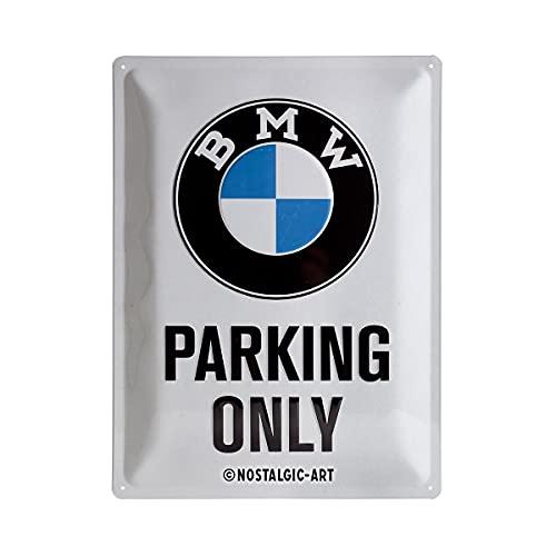 Nostalgic-Art Targa Vintage BMW – Parking Only – Idea Regalo per Amanti di Accessori per Auto, in Metallo, Design Retro per Decorazione, 30 x 40 cm