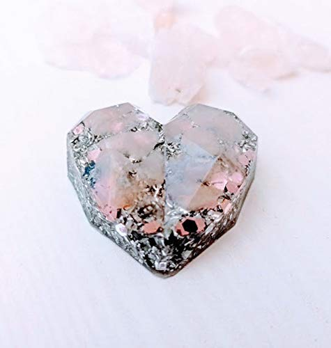 Floresyabejas Orgonita de Bolsillo en Forma de corazón geométrico con virutas de Aluminio y Piedra semipreciosa Llamada: Cuarzo Rosa