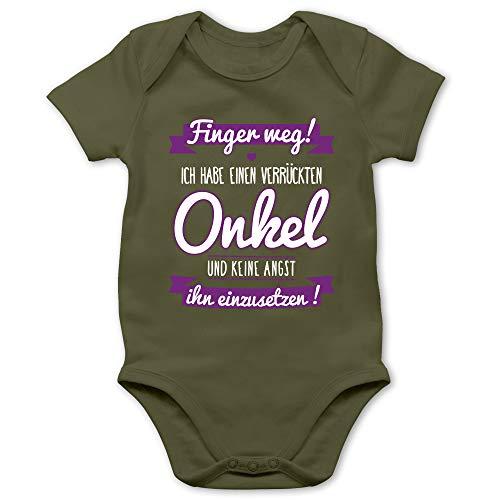 Shirtracer Sprüche Baby - Ich Habe einen verrückten Onkel lila - 6/12 Monate - Olivgrün - Babystrampler Jungen Onkel - BZ10 - Baby Body Kurzarm für Jungen und Mädchen