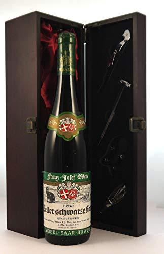 Zeller Schwatzekatz 1993 Franz Josef Weis en una caja de regalo forrada de seda con cuatro accesorios de vino, 1 x 750ml