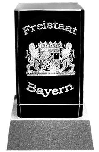Kaltner Präsente Stimmungslicht – Ein ganz besonderes Geschenk: LED Kerze / Kristall Glasblock / 3D-Laser-Gravur Wappen FREISTAAT BAYERN
