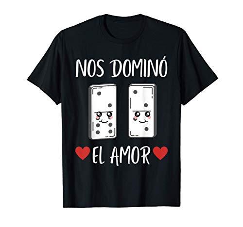 Dia de San Valentin Nos Domino El Amor Funny Spanish V-Day Camiseta