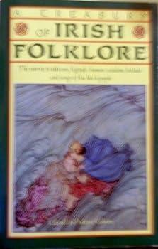 Paperback A Treasury of Irish Folklore Book