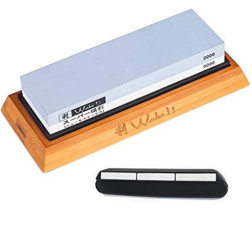 Wakoli Messer Schleifstein 2000er & 5000er Körnung (beidseitig) I Messerschärfer Set - Wetzstein zum Schärfen von Damast & Stahl Messern I Abziehstein mit Bambus- & Silikonhalterung & Schleifhilfe