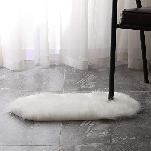 m·kvfa Soft Rug Chair Cover Artificial Sheepskin Wool Warm Hairy Carpet Seat Mats Rug Artificial Sheepskin Rug for Home Bedroom Bathroom Kitchen Doorway Decor (S, White)