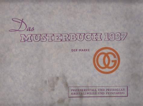 Musterbuch 1937 über kristallweißes und feinfarbiges Preßkristall und Preßglas der Oberhausener Glasfabrik Funcke & Becker Oberhausen Rheinland. Mit einer Preisliste zum Musterbuch.