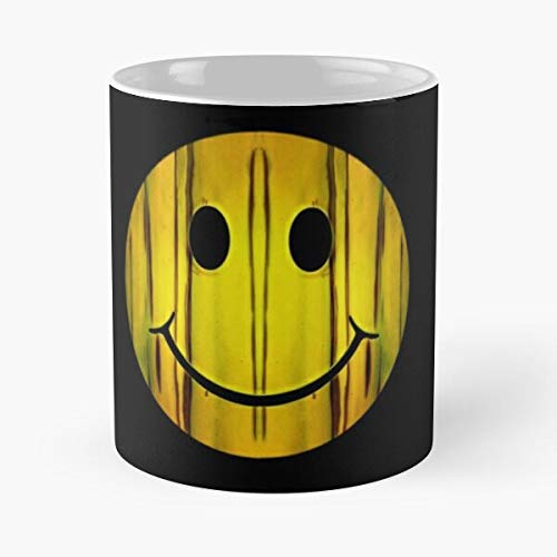 Ismiley Banana Classic Mug - 11 Ounces Funny Coffee Gag Gift.The Best Gift for Holidays.
