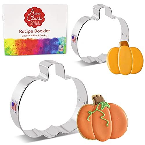 Pumpkin Cookie Cutters & Recipe Booklet 2-pc set Made in USA by Ann Clark Cookie Cutters