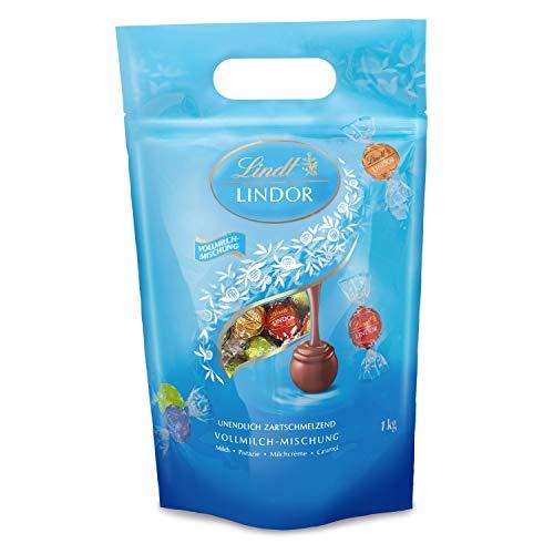 Lindt Lindor Vollmilch-Mischbeutel, gefüllt mit einzeln verpackten Kugeln, Vollmilch, Caramell, Doppelmilch und Pistazie, 1er Pack (1 x 1kg)