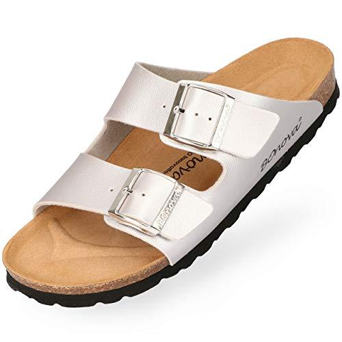 BOnova Damen Pantolette Schwanberg in 9 Farben, sommerliche Sandalen in auffälligen Farben und mit Beschlägen, Bequeme Hausschuhe mit Kork-Sohle Silber 38