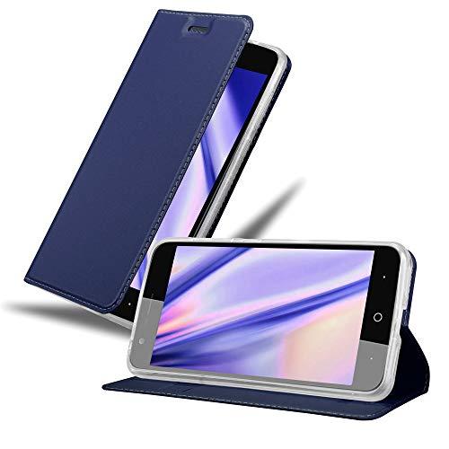 Cadorabo Hülle für ZTE Blade V8 in Classy DUNKEL BLAU - Handyhülle mit Magnetverschluss, Standfunktion & Kartenfach - Hülle Cover Schutzhülle Etui Tasche Book Klapp Style