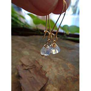 ⊹⊱✿ GOLDENE KIDNEY HAKEN & MONDSTEIN OHRRINGE – NATURSTEIN ⊹⊱✿ einmalige Ohrringe in gold und hellblau