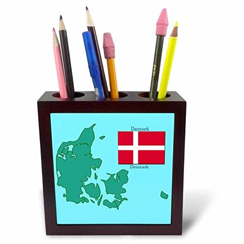 3drose PH 37585 1 De kaart en de vlag van Finland met Finland gedrukt in het Engels en Fins. - Tile pennenhouder, 12,7 cm.