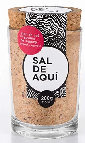 SAL DE AQUÍ - Flor de Sal con Gusano de Maguey - Frasco de 200 g (7.5oz) - Ideal para Mezcal y sazonar alimentos - Contiene 30% menos sodio que la sal común