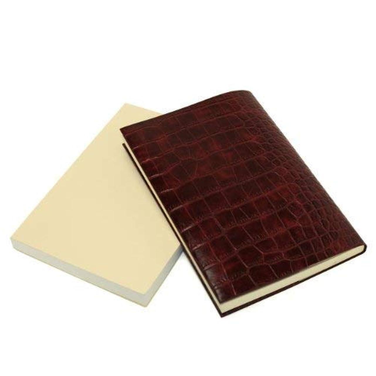 嫉妬パイント著名なお手入れいらずのほぼ日手帳カズン対応 A5サイズ リサイクルレザー カバー (クロコ型押しボルドー)