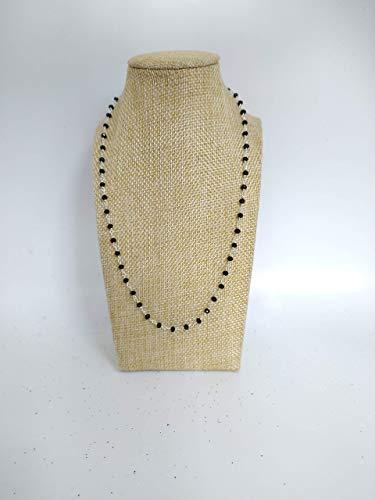Collana girocollo stile rosario realizzata a mano di colore argento e cristalli neri.