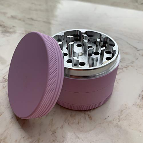Imagen del producto Brando Moon Molinillo de Hierbas Spice con recogedor de Polen - Molinillo de 4 Piezas de 2,5 Pulgadas con raspador de Polen, Cepillo de Almacenamiento y Limpieza