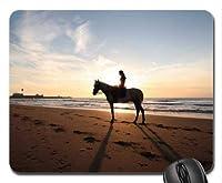 日没時の浜辺で馬に乗ってマウスパッド、マウスパッド(馬マウスパッド)