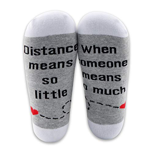 Long Distance Couples Gifts 2 Pairs Couples Matching Socks Long Distance Relationships Gifts for Best Friend Family (2 Pairs Long Distance Socks)