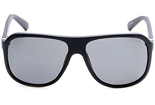 Guess GU6876 C59 02D (matte black / smoke polarized) Polarisierende Sonnenbrillen