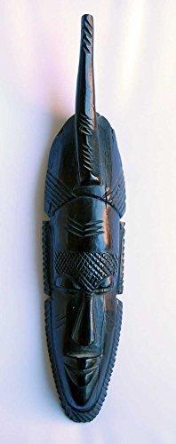 Máscara africana de madera de ébano