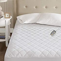 in budget affordable Beautyrest 3M Scotchgard Heating Mattress Topper Safe Comfort Technology – Luxury Quilting Electric…