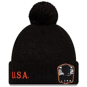 New Era Women s Black Chicago Bears 2019 Salute to Service Cuffed Pom Knit Hat
