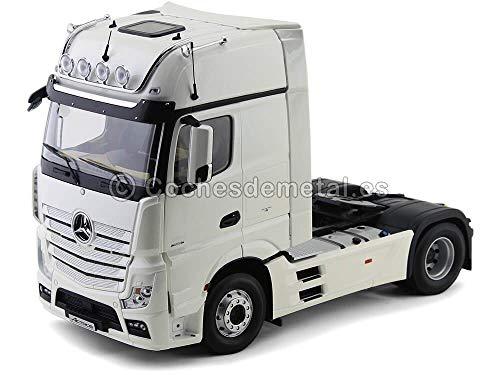 Mercedes-Benz Actros FH25 4X2 Giga Space Sattelzugmaschine diamantweiß NZG 1:18