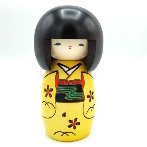 Muñeca Kokeshi de Madera Auténtica Chica Feliz Color Amarillo