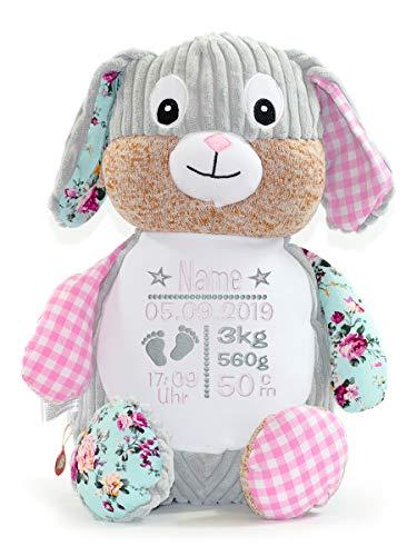 Cubbies Stofftier Teddy Bär, Einhorn, Rentier, Hase, Giraffe, Tiger, Elefant Geschenk mit Namen und Geburtsdatum personalisiert Bestickt 40cm (Hase Pink)