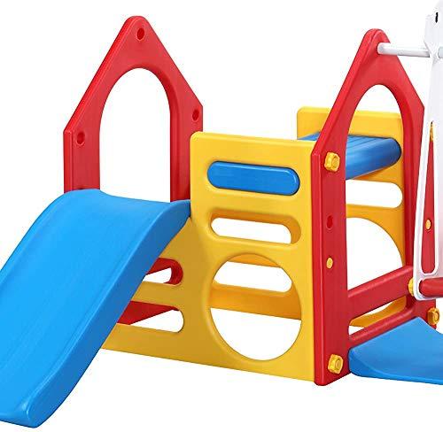 Parque infantil con columpios y toboganes, juegos de jardín infantil con una caja de arena y escalada bordo de la escalera,Red