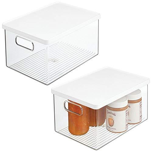 mDesign Juego de 2 cajas organizadoras de plástico – Recipiente para guardar alimentos con tapa y asas – Organizador para nevera, cocina y despensa apto para alimentos – transparente/blanco