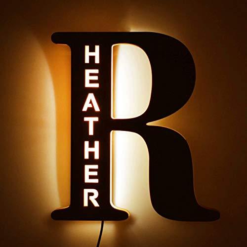 Personalisierte Deko LED Nachtlicht Liebe Geschenke Benutzerdefinierte Holz Graviert Name Wandleuchte für Paare Freunde Familie Ihn und Ihre Freundin Freund Personalisierte Nachtlichter
