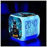 Batman Alarm Clock, Réveil Électronique Super Creative 3D Stéréo LED Night Light Réveil Cadeau d'anniversaire Lit Chambre À Coucher (Sept Couleurs),13