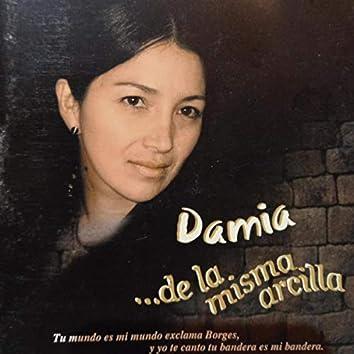 De la Misma Arcilla