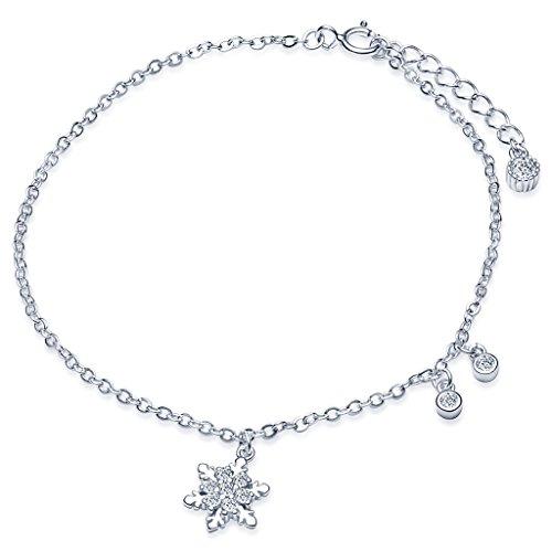 Pulsera Infinite U de plata de ley 925 con una estrella y una luna colgando, decoradas con diamantes...