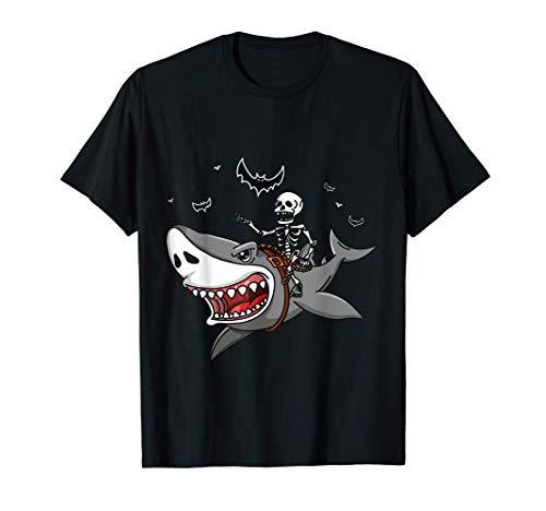 El tiburón esqueleto que monta el tiburón es un gran Camiseta