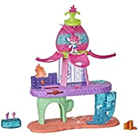 Trolls World Tour Blooming Pod Stage Musical Toy, Plays 3 Different Songs, Playset for Girls and Boys
