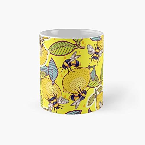 Yellow Lemon And Bee Garden Classic Mug Birth-day Holi-day Gift Drink Home Kitchen