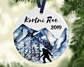 Tamengi Bigfoot Ornament, Bigfoot Christmas Ornament, Sasquatch Ornament, Bigfoot Christmas, Christmas Tree Decoration, Personalized Ornament, Custom Name Ornament