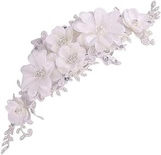 Bruiloft haar accessoires parel hoofdbanden witte kant kristal tiara bloemen elegante bruids haar sieraden, make-up gereed...