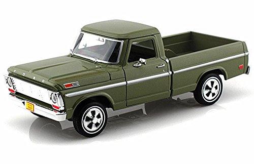 1969 Ford F-100 Pickup, Green - Motormax Premium American 79315 - 1/24 Scale Diecast Model Car by Motor Max
